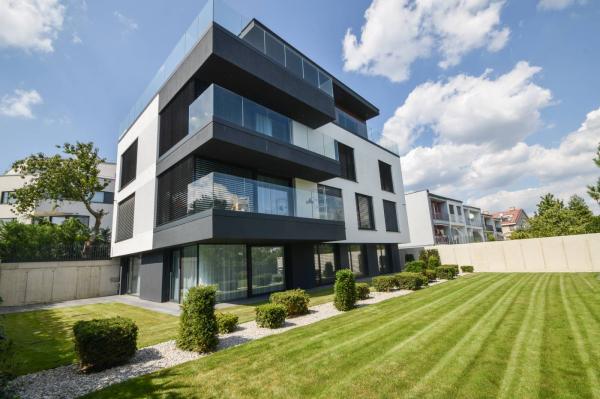 slovakia real estate